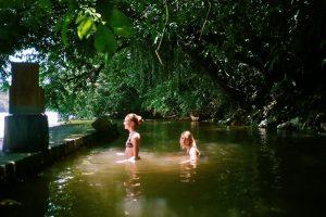 Bathing in the river at Sinchi Runa
